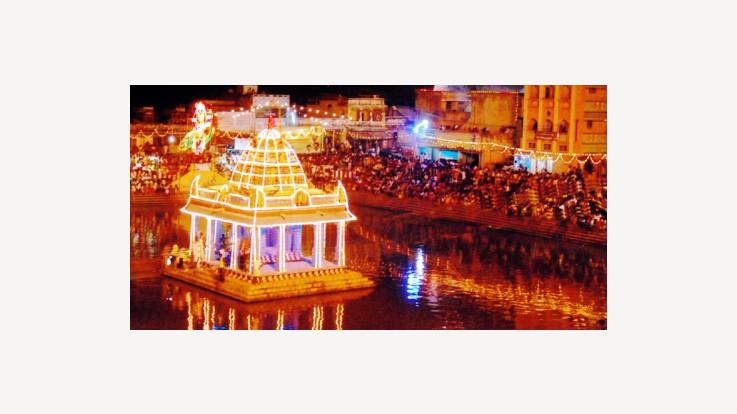Festival celebrations at Tiruthani Murugan Temple