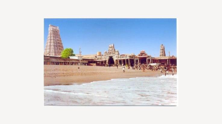thiruchendur murugan temple seaview