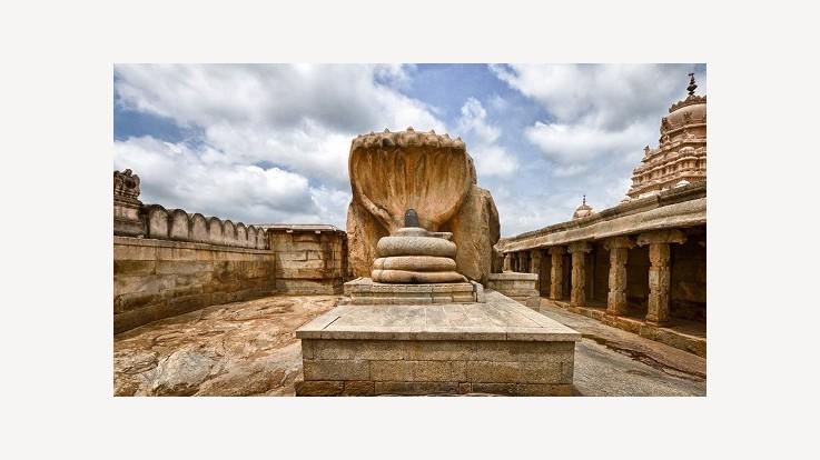 Temple Shiv Lingam