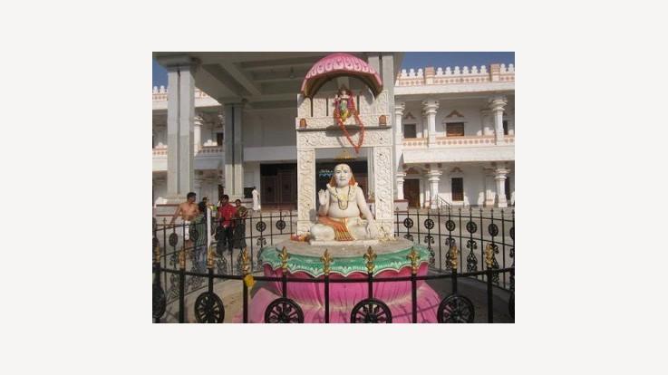 Raghavendra Swamy Temple, Mantralayam, Kurnool, Andhra Pradesh