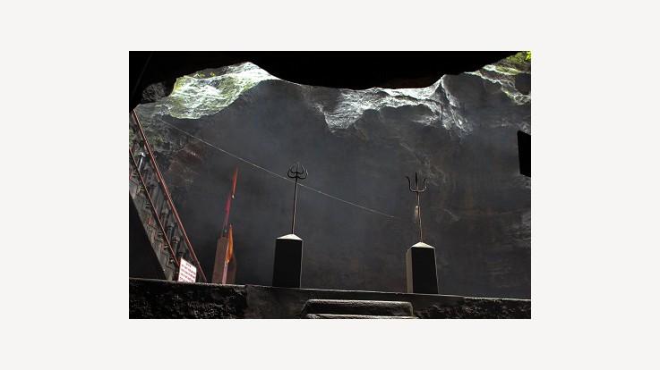 jatashankar pachmarhi hoshangabad madhya pradesh temple view