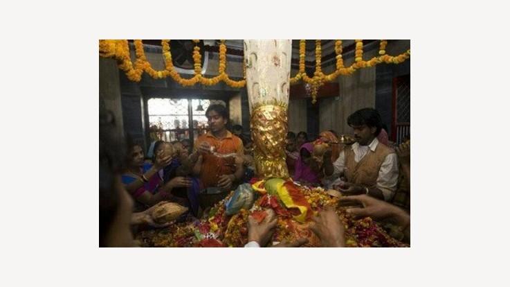 Alopi Devi Mandir, Allahabad, UP