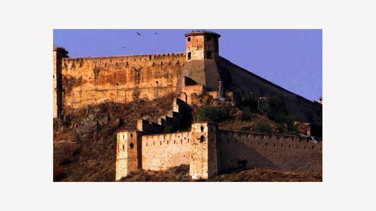 Hari Parbat Temple Fort