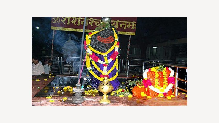 Lord Shani Shingnapur